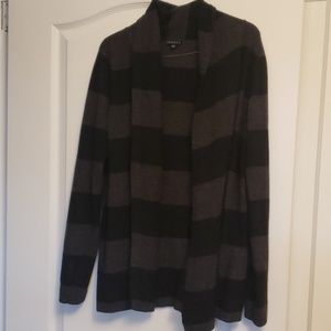 Theory wool/cashmere hip length open sweater